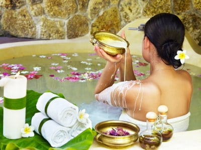 BENEFITS-OF-SNAN-OR-BATH-AS-PER-AYURVEDA