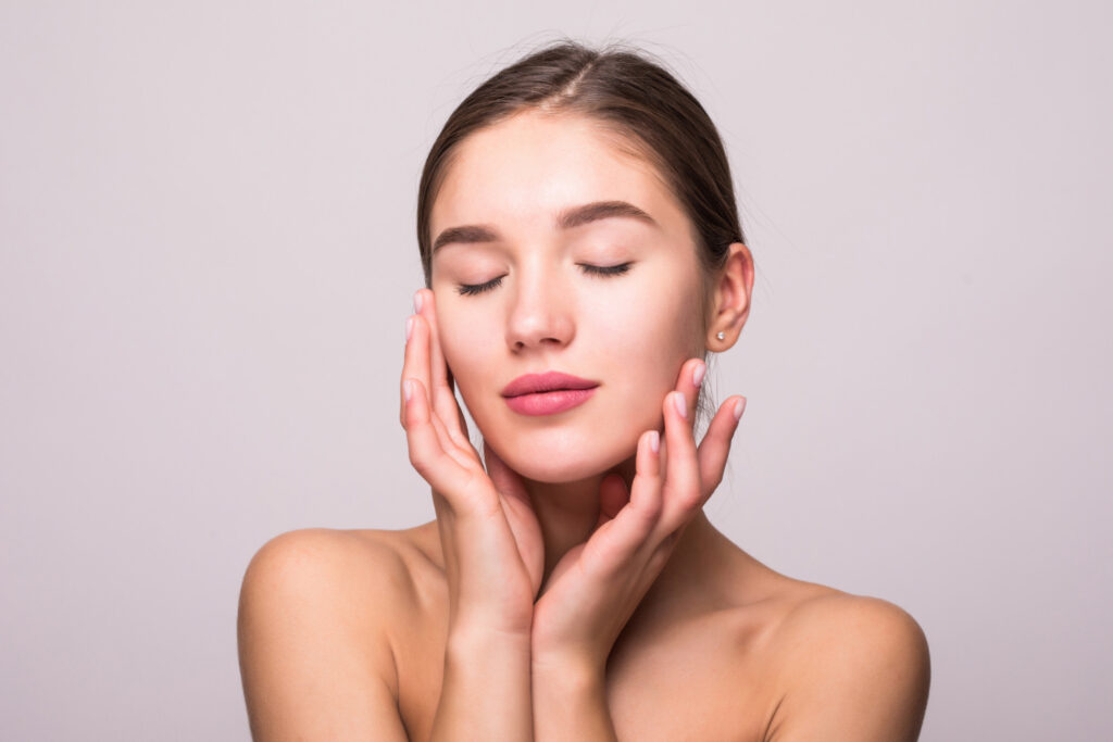 AYURVEDIC TREATMENT FOR YOUNGER LOOKING SKIN